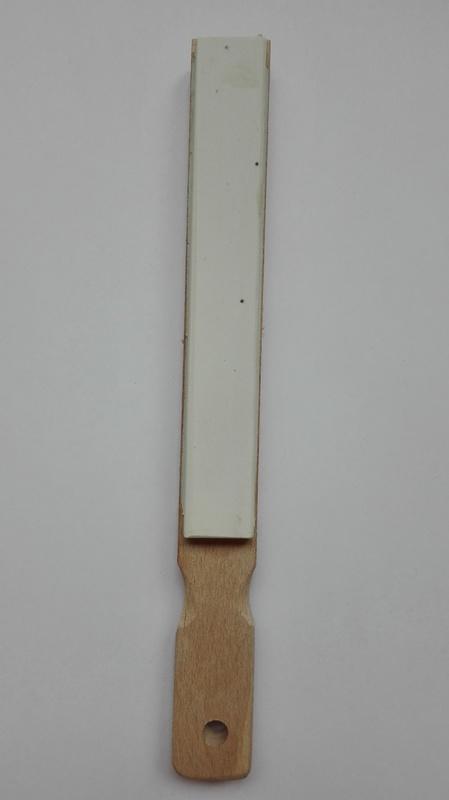 Belsky obtahovací prkénko s kůží 23cm