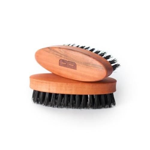 BSC kartáč na vousy z ořechového dřeva
