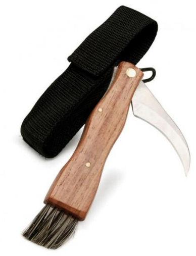 Houbařský nůž se štětečkem.